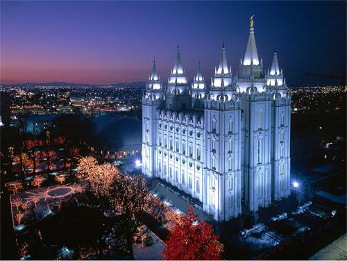 A picture of the Mormon temple in Salt Lake City at night.