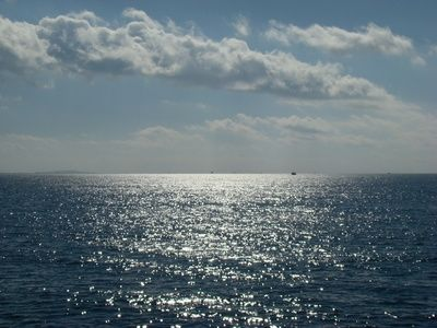 A picture of the ocean off of Harkers Island.
