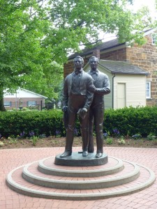 A picture of a statue of Mormon Prophet Joseph Smith and his brother Hyrum Smith at Carthage Jail where they were martryed and died at the hands of a mob