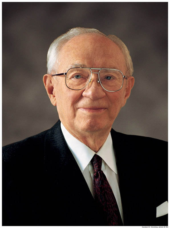 A portrait photograph of mormon prophet Gordon B Hinckley,